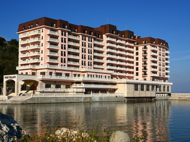 Varna, Port Palace, Residential complex + Hotel